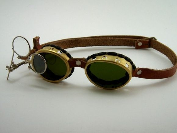 Steampunk googles with magnifiying glass