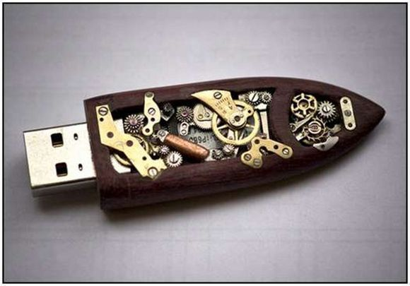 usb flash drive with small gear pieces