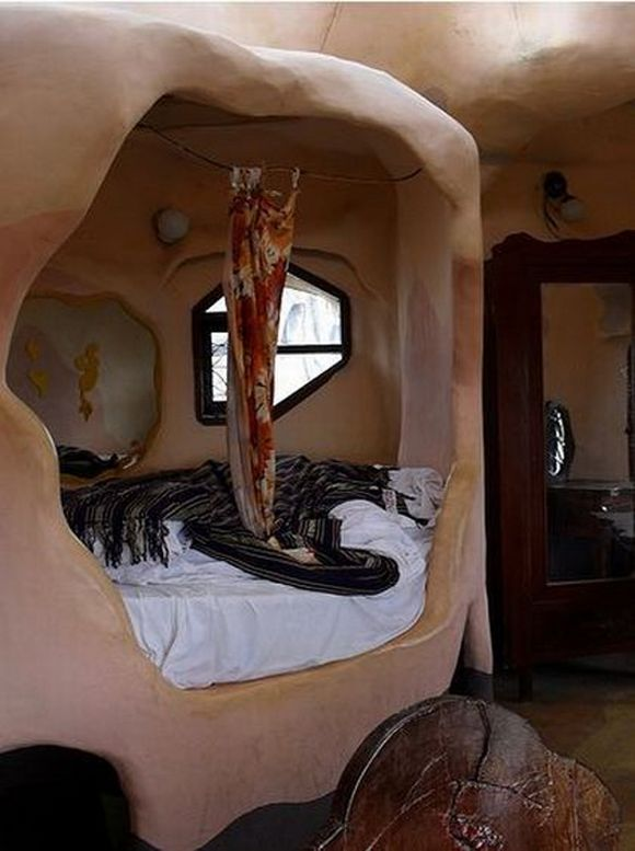crazy house hotel guest room