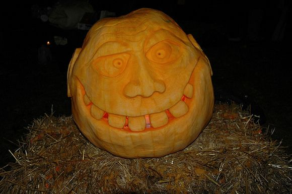 neanderthal carved pumkin for upcoming halloween