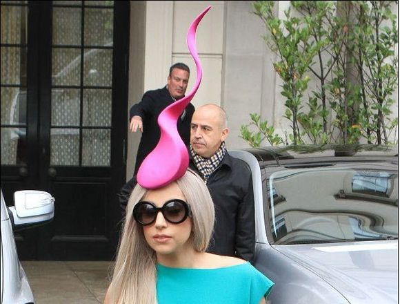 lady gaga weird hat