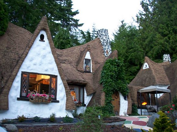 Fairy tale cottages for Definition of a cottage house