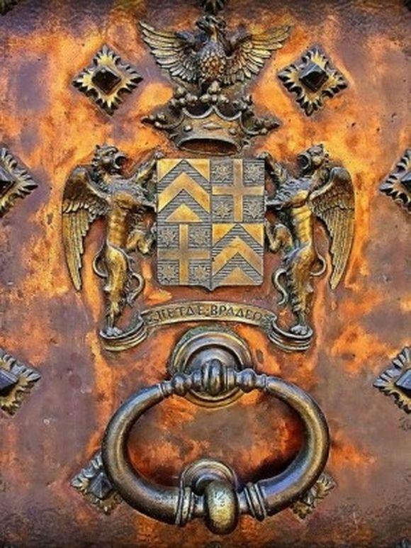 Doors Door Knobs Door Knockers