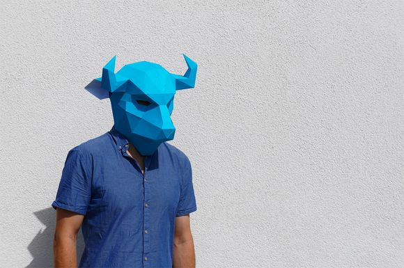 bull 3D paper mask by Steve Wintercroft