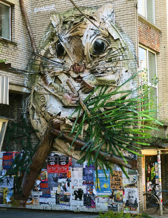 Animalistic sculptures by Bordalo II